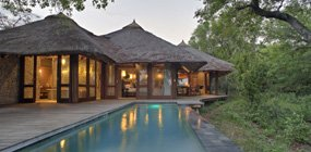 Leadwood Lodge - Robert Mark Safaris - Luxury African Safaris
