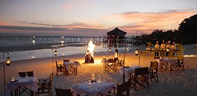 Fundu Lagoon - Robert Mark Safaris - Luxury African Safaris