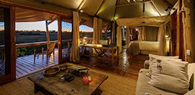 Mombo Camp - Robert Mark Safaris - Luxury African Safaris