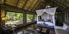 Savuti Camp - Robert Mark Safaris - Luxury African Safaris